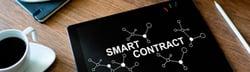 Smart contracts: pieza esencial para aumentar la seguridad en el tráfico económico